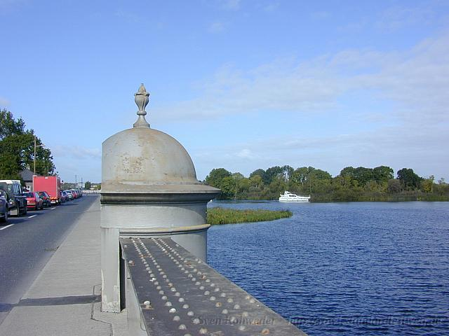 2001-09-16 1111 uned Portumna Bridge2
